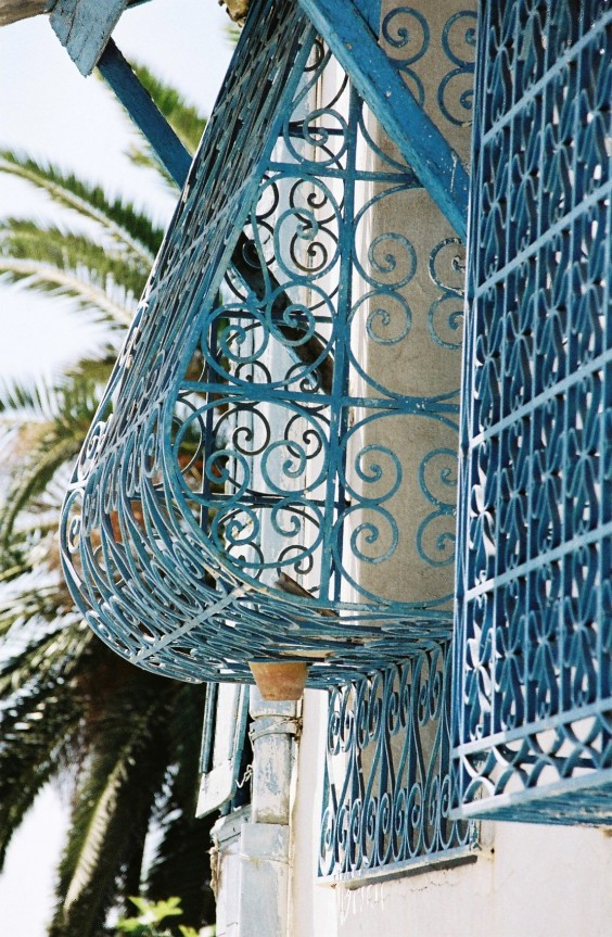 Travel Diary: Sidi Bou Said, Tunisia | Gypsy Rova Travels